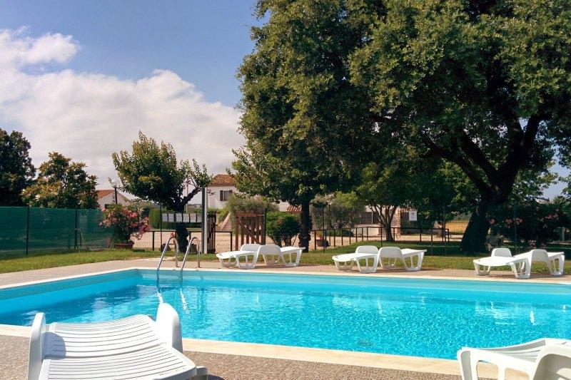 Giardino agriturismo la meridiana abruzzo - Agriturismo abruzzo con piscina ...