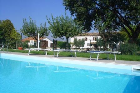 Agriturismo con piscina in abruzzo - Agriturismo abruzzo con piscina ...